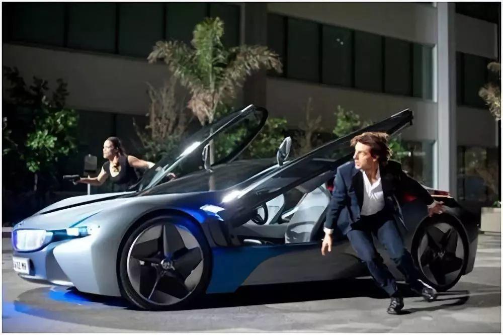 变本加厉的改装,这台宝马i8简直就是未来车子的模样!
