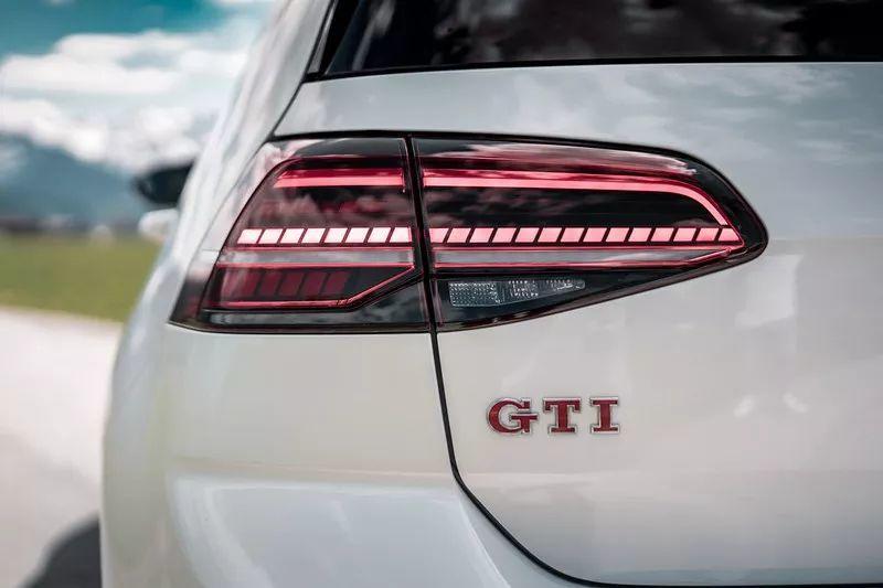 290马力的高尔夫GTI TCR很强,但改装后的它更让人着迷!